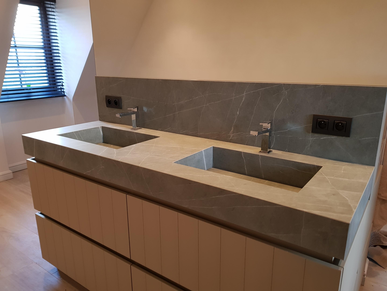 Badkamer Met Natuursteen : Badkamer van lierde natuursteen